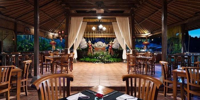 White Rose Kuta - Bunut Restaurant