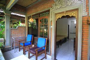 Dewa Bharata Bungalow Bali - Terrace